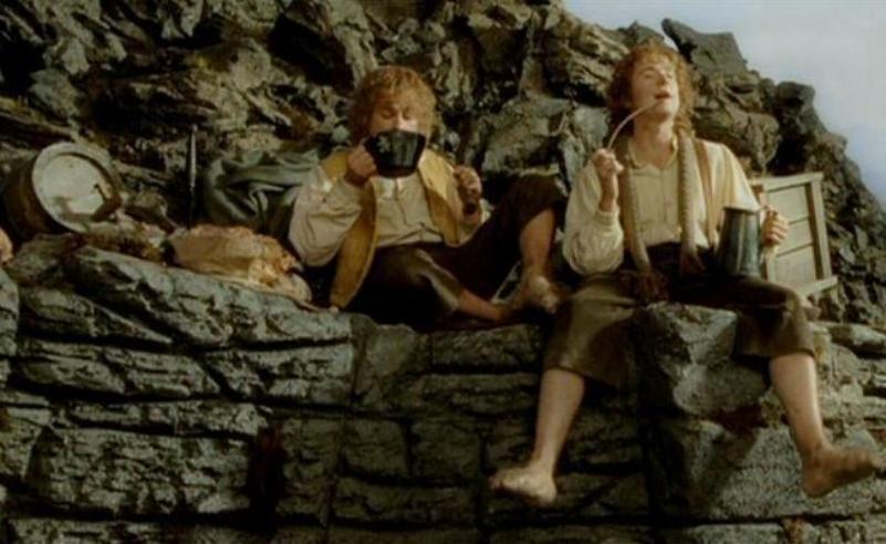 Tolkien'in Yüzüklerin Efendisi'nde Ve Orta Dünya'sında Viski